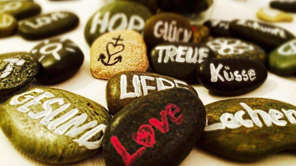 Steinreich - ein Ritual als Fürbittenalternative