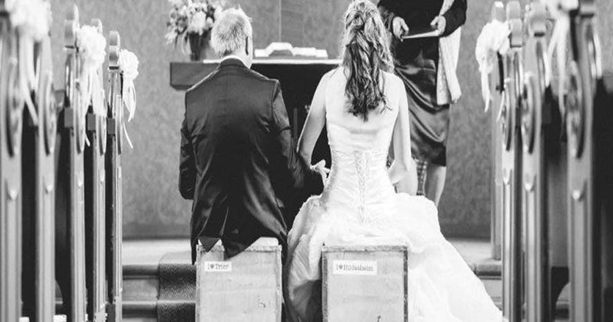 Forsastudie - wichtigste Ergebnisse: Heiraten aus Liebe vor allem für junge Menschen voll im Trend - Hochzeitsfeier dürfen was kosten.