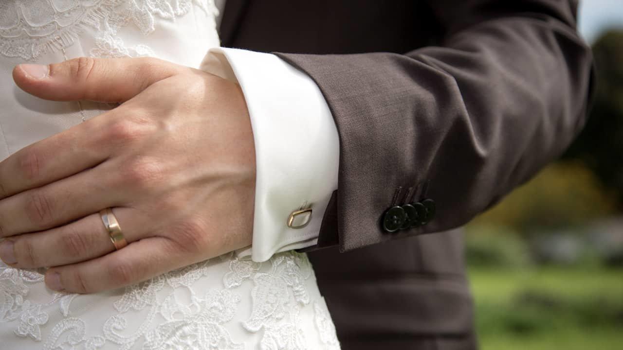Zu jung oder zu alt? Neue Studie: Das perfekte Hochzeitsalter!