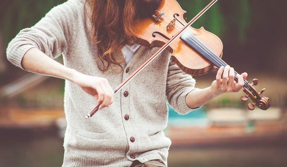 Musik in einer Trauung Egal ob in einer kirchlichen oder freien Trauung: Musik gehört dazu!